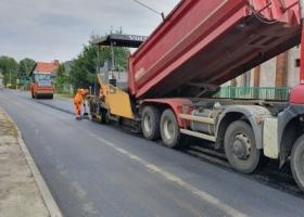 Błyskawiczny remont drogi w Ciosańcu