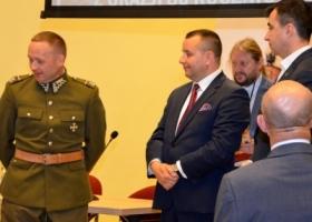 Artur Derend uhonorowany medalem Pro Patria